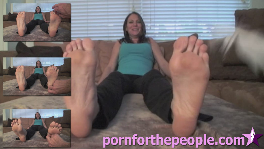 0038 - Spy Tickle Feet Armpits Sides Mary Jane2