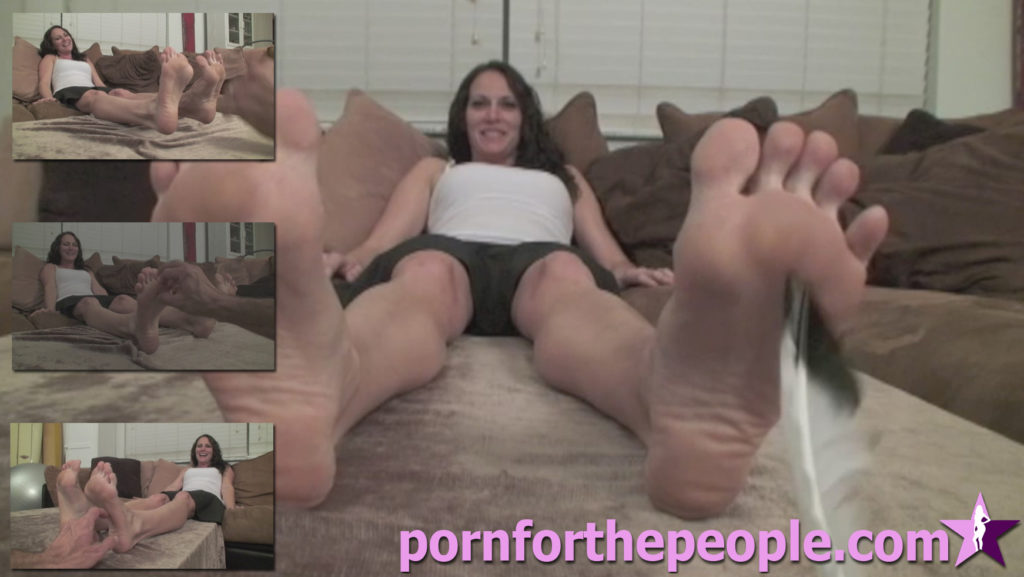 0040 - Spy Tickle Feet Mary Jane3