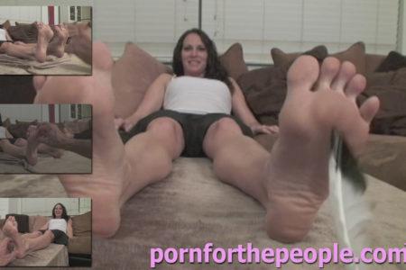 VIDEO – Spy Tickle Feet Mary Jane 3